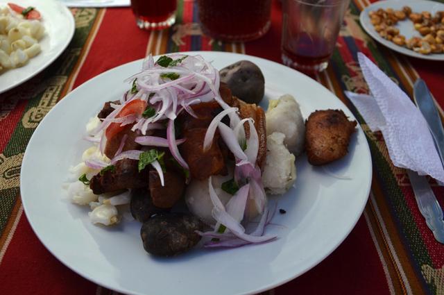 Comida_tipica_peruana 10 chicharron de cerdo