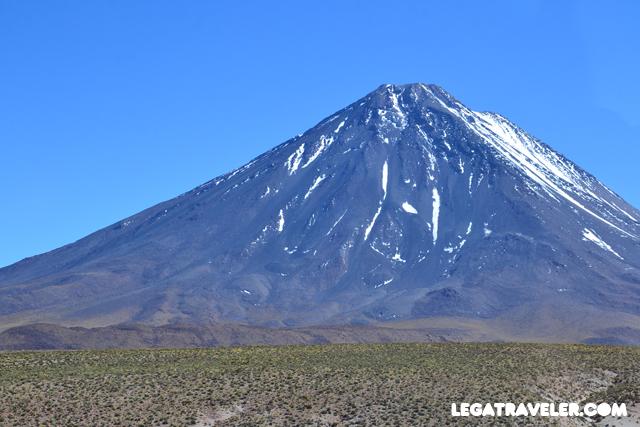 Bolivia_Tour_Salar_de_Uyuni_225_volcan_licancabur