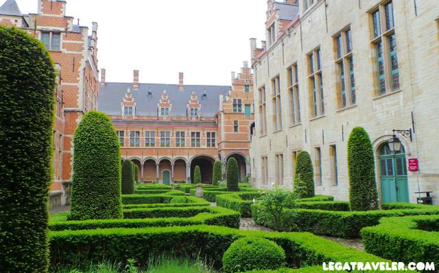Palacio de Margarita de Austria Malinas