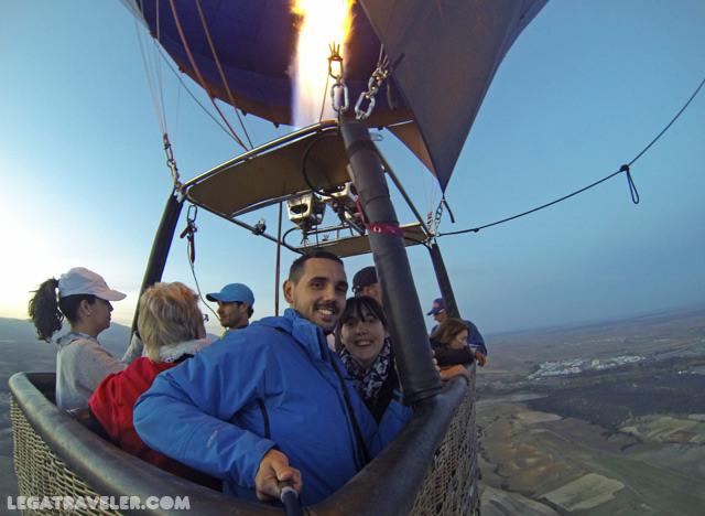 volar-en-globo-en-segovia-selfie