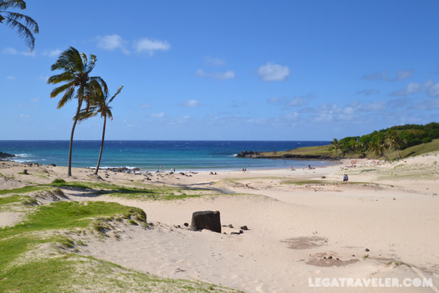 playa-anakena-guia-isla-pascua