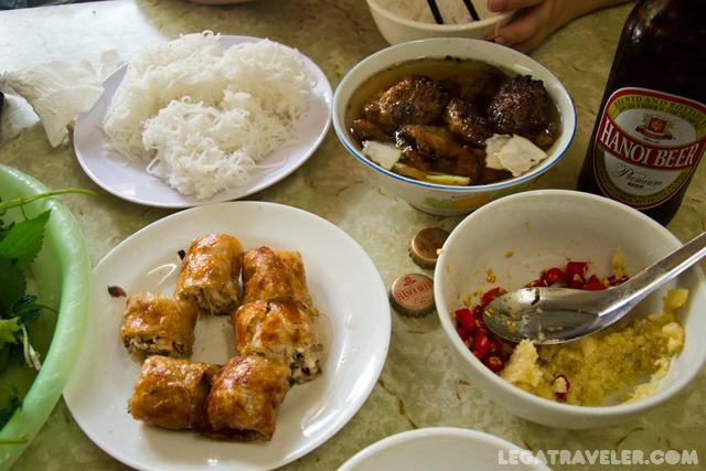 comer-en-vietnam-bun-cha-hanoi-restaurantes