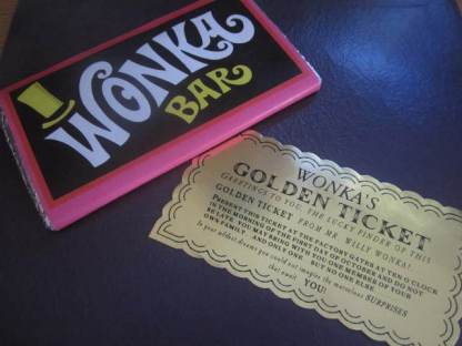 Classic Wonka Bar & Golden Ticket set