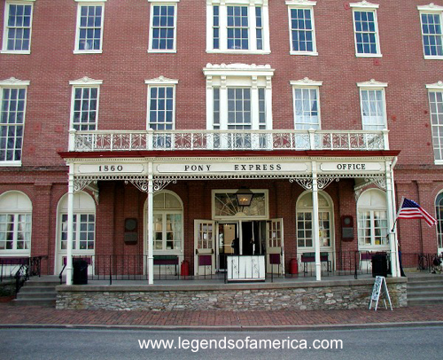 https://i2.wp.com/www.legendsofamerica.com/photos-missouri/StJoePateeHotel-600.jpg