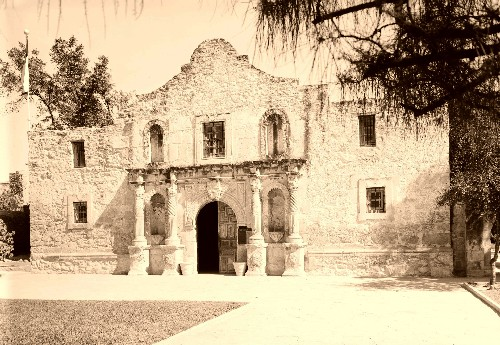 https://i2.wp.com/www.legendsofamerica.com/photos-texas/Alamo-500.jpg