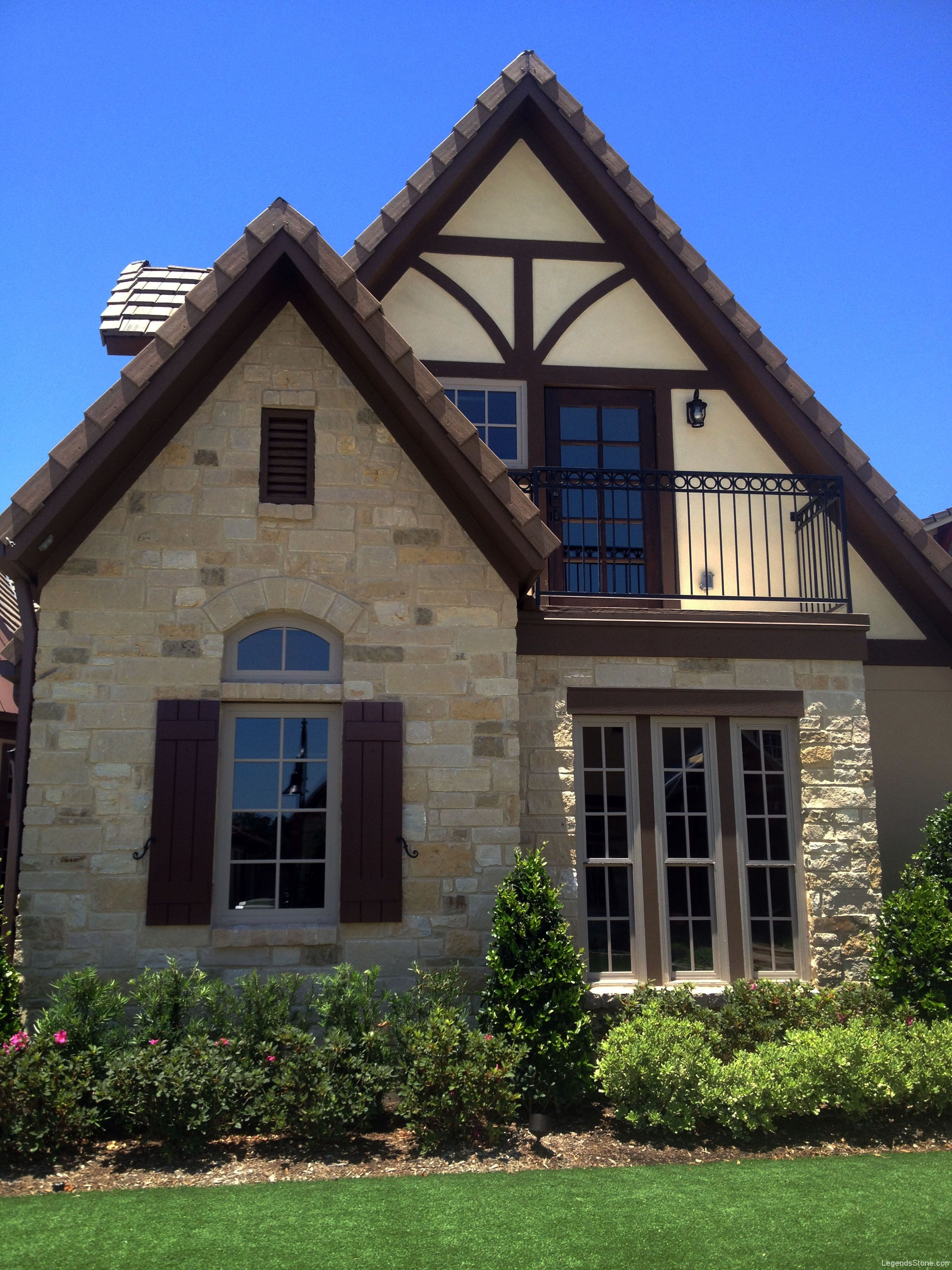 French Country Blend Legends Stone Natural Stone Building Stone Thin Veneer Houston