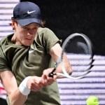 Roland Garros, Sinner salva un match point e poi vince in rimonta con Herbert