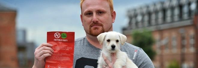 """""""No ai cani nei luoghi pubblici, sono impuri"""". La campagna musulmana fa infuriare tutti"""