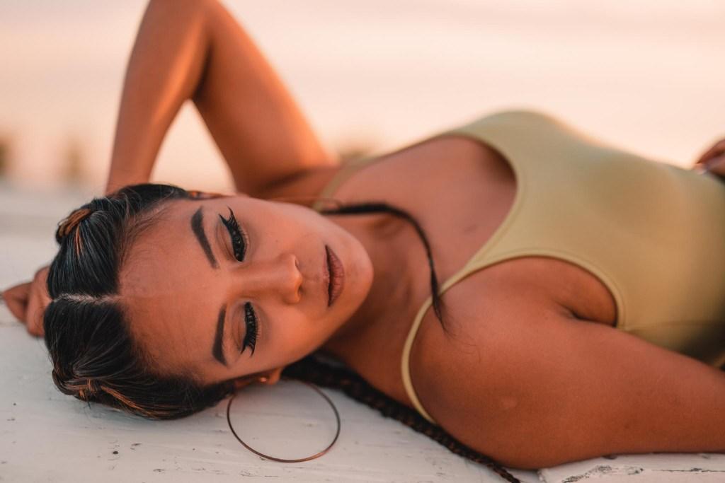 Janelle Beach Photoshoot-09