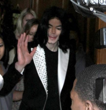 Photos : Michael Jackson en excellente forme à Beverly Hills