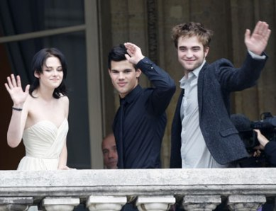 Photos de Robert Pattinson, Kristen Stewart, et Taylor Lautner à Paris