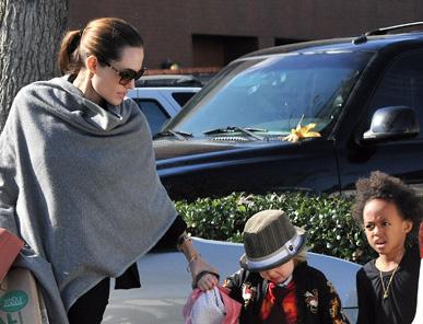 Angelina Jolie – filles – Photo