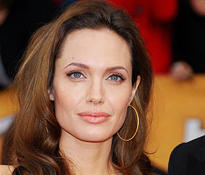 Angelina Jolie-Pilules amaigrissantes