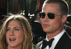 Brad Pitt-Se console- Jennifer Aniston