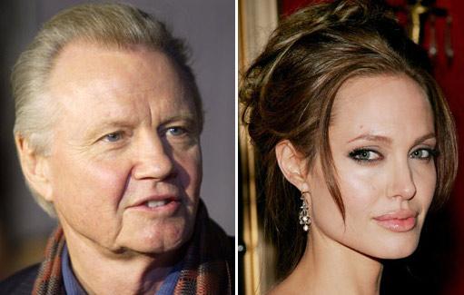 Jon Voight-Angelina Jolie-Brad Pitt