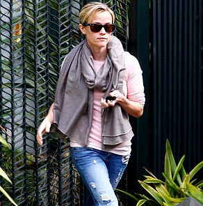 Reese Witherspoon – Santa Monica