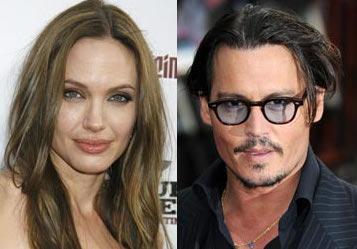 Johnny Depp -Harcelé-Angelina Jolie