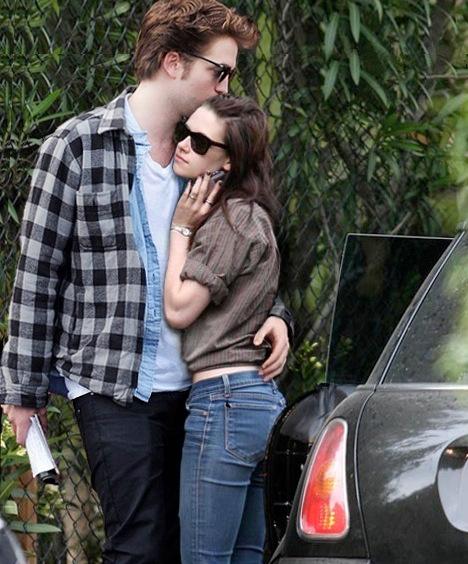 Robert Pattinson Pattinson Kristen Stewart intimes