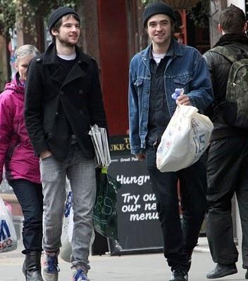 Robert Pattinson Tom Sturridge – Photos