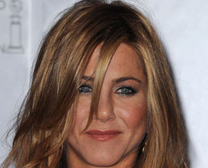 Jennifer Aniston scènes nu Brad Pitt