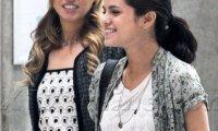 Selena Gomez Paris Photo