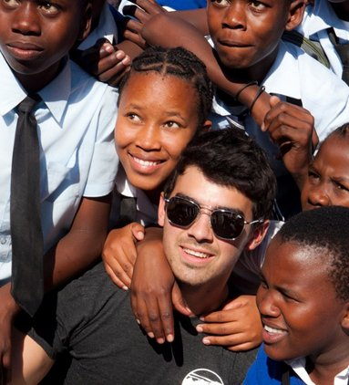 Joe Jonas en Afrique Photos