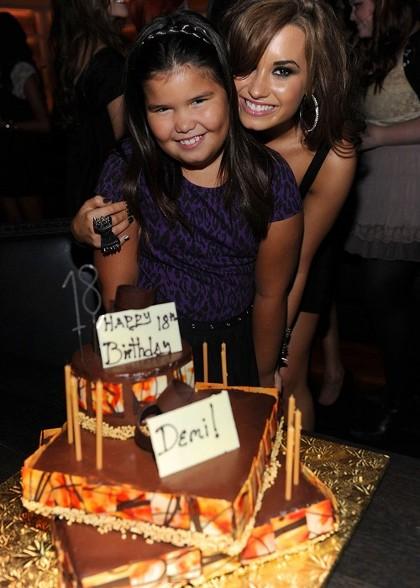 Demi Lovato fête son anniversaire Joe Jonas Photos
