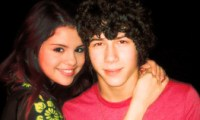 Selena Gomez Nick Jonas Northwestern