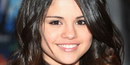 Selena Gomez Jonas Brothers Concert for Hope 2011