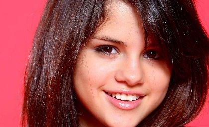Selena Gomez- Excitée par Eminem