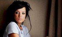 Lily Allen- Les célébrités finissent pas se suicider