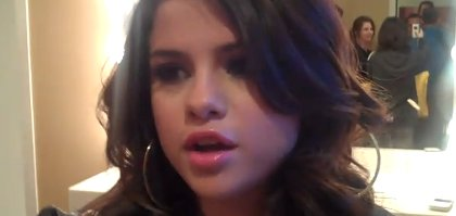 Selena Gomez- Découvrez la dans sa loge chez Ellen DeGeneres