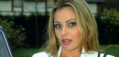 Laure Sainclair accuse son ex de viol