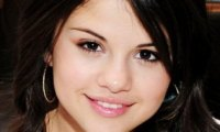 Selena Gomez s'en prend à Nick Jonas