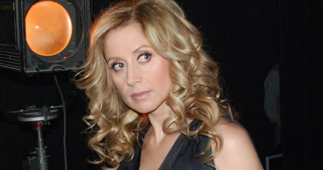 lara fabian bient t mari e un magicien italien. Black Bedroom Furniture Sets. Home Design Ideas