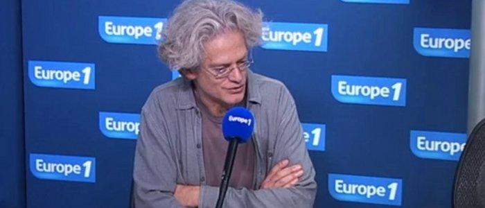 Santiago Amigorena porte-parole Julie Gayet