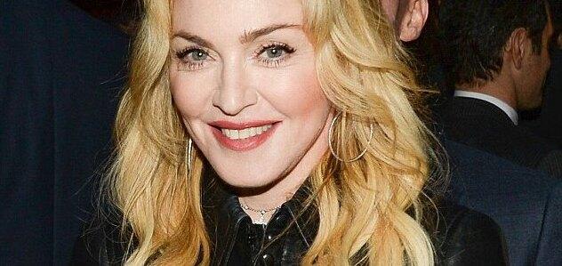 Brahim Zaibat Madonna font taire Public