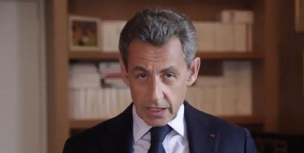 d46c7f1cbc3c5a Touché par le décès de Louis Nicollin, Nicolas Sarkozy lui rend un vibrant  hommage (photo)