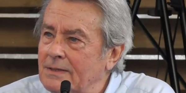 Alain Delon incendié par son propre fils Alain-Fabien Delon