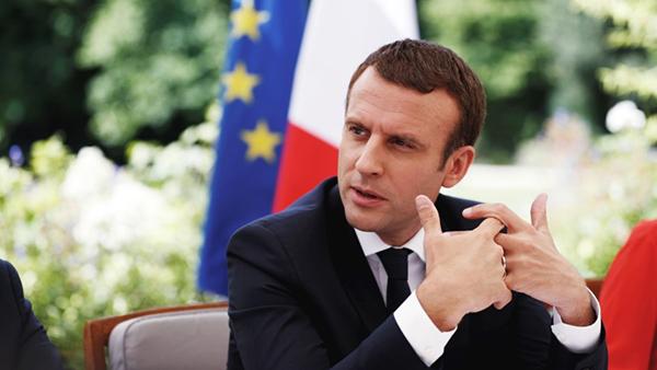 Emmanuel Macron boycotte France 2 à cause d'un reportage sur Brigitte Macron