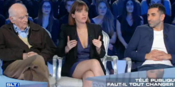 Critiquée pour  sa jupe et son décolleté la députée Aurore Bergé  pousse une gueulante