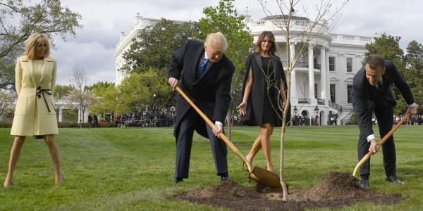 Emmanuel et Brigitte Macron en visite à Washington  : C'est Melania Trump qui a insisté
