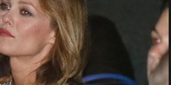 Vanessa Paradis en colère noire, une question sur Samuel Benchetrit en cause