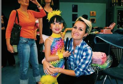 Jade et Laeticia Hallyday danseuse