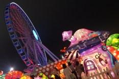 Lanternes et Grande Roue au Carnaval