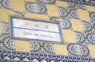 Azuleijos aux frontons des boutiques