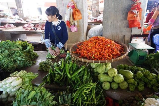 Légumes frais et le sourire en prime