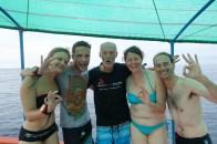 Coline, Jonathan et notre instructeur Marco à la remontée de la dernière plongée