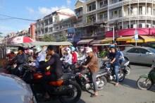 Mobylettes à Phnom Penh