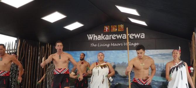 Rotorua et village Maori – Rotorua and Maori village